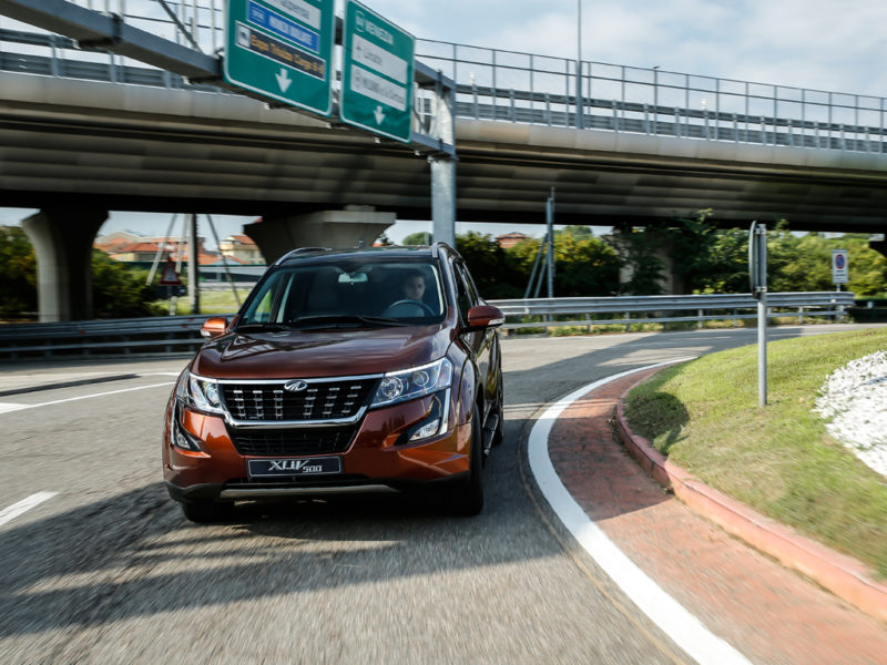 XUV500_action_1